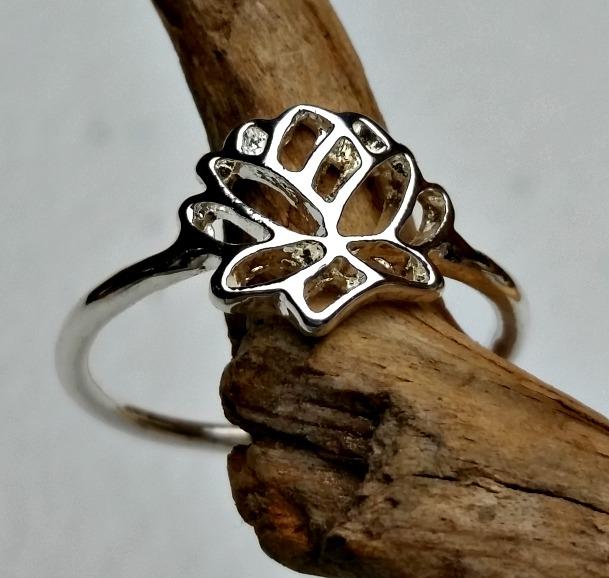 Silver Fashion Lotus Flower Ring Carolinabeadshopcom